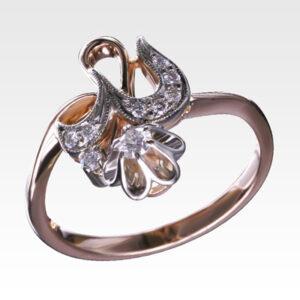 Кольцо из золота с бриллиантами Арт 0101375