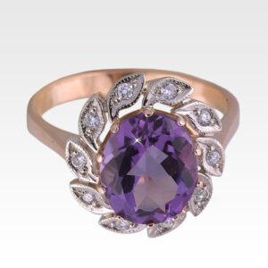 Кольцо из золота с аметистом и бриллиантами Арт 1601005