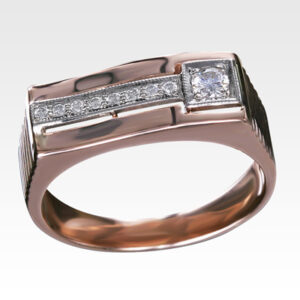 Кольцо из золота с бриллиантами Арт 0101381