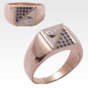 Кольцо из золота с бриллиантами Арт0101481