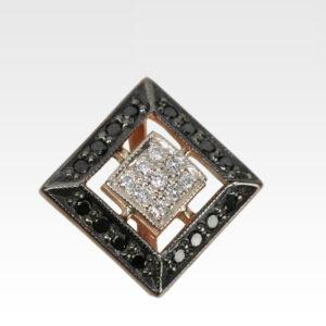 Подвеска из золота с бриллиантами Арт0111193