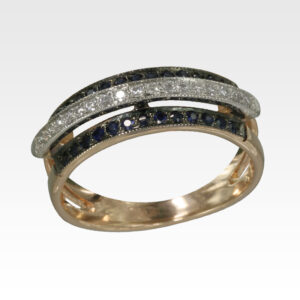 Кольцо из золота с сапфирами и бриллиантами Арт0301105