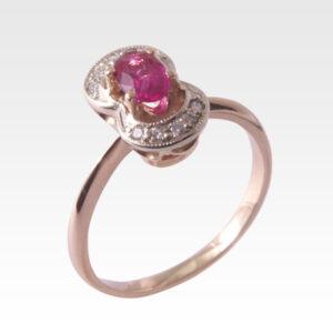 Кольцо из золота с рубином и бриллиантами Арт0401006