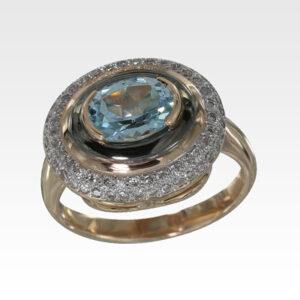 Кольцо из золота с топазом с бриллиантами Арт0601060