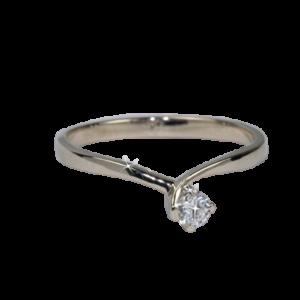 Кольцо из золота с центральным бриллиантом Арт0101890